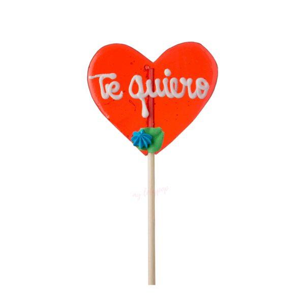 Piruleta artesana de caramelo mediana con forma de corazón con flor y texto personalizable
